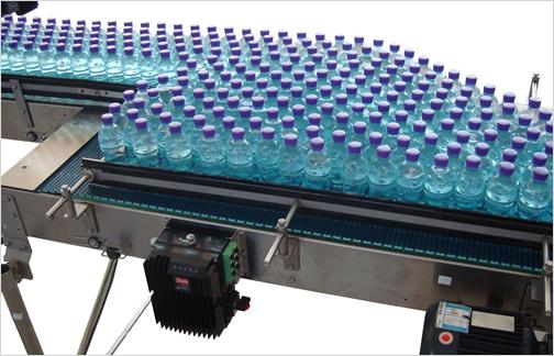 Contoh Sederhana Penerapan Sistem Conveyor pada Industri Minuman